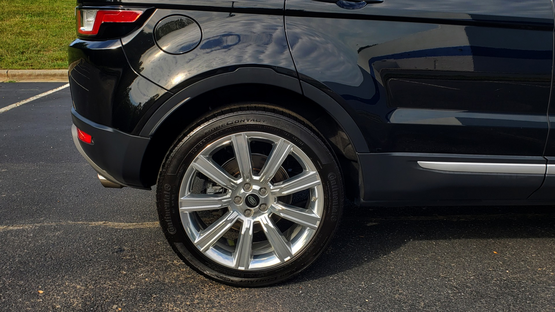 Used 2016 Land Rover RANGE ROVER EVOQUE HSE / AWD / NAV / MERIDIAN / PANO-ROOF / REARVIEW for sale Sold at Formula Imports in Charlotte NC 28227 81
