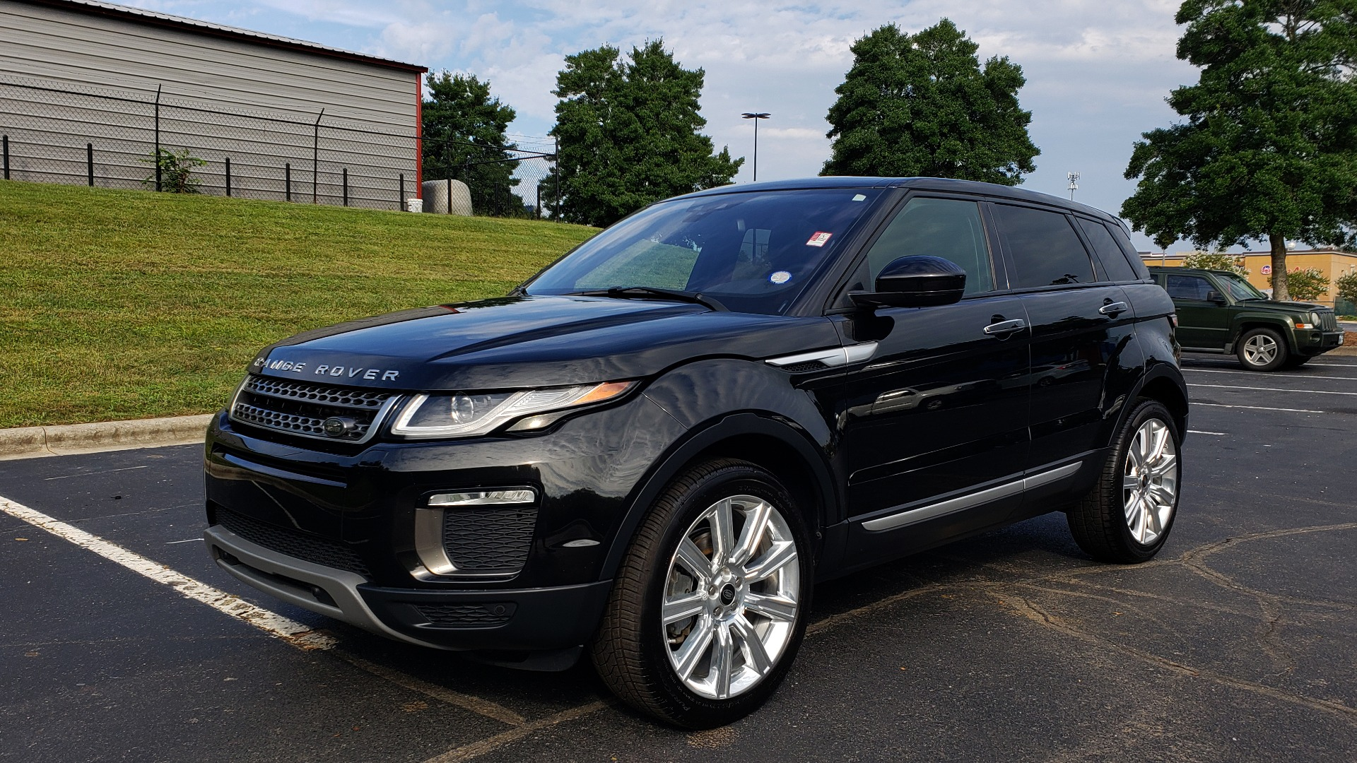 Used 2016 Land Rover RANGE ROVER EVOQUE HSE / AWD / NAV / MERIDIAN / PANO-ROOF / REARVIEW for sale Sold at Formula Imports in Charlotte NC 28227 1