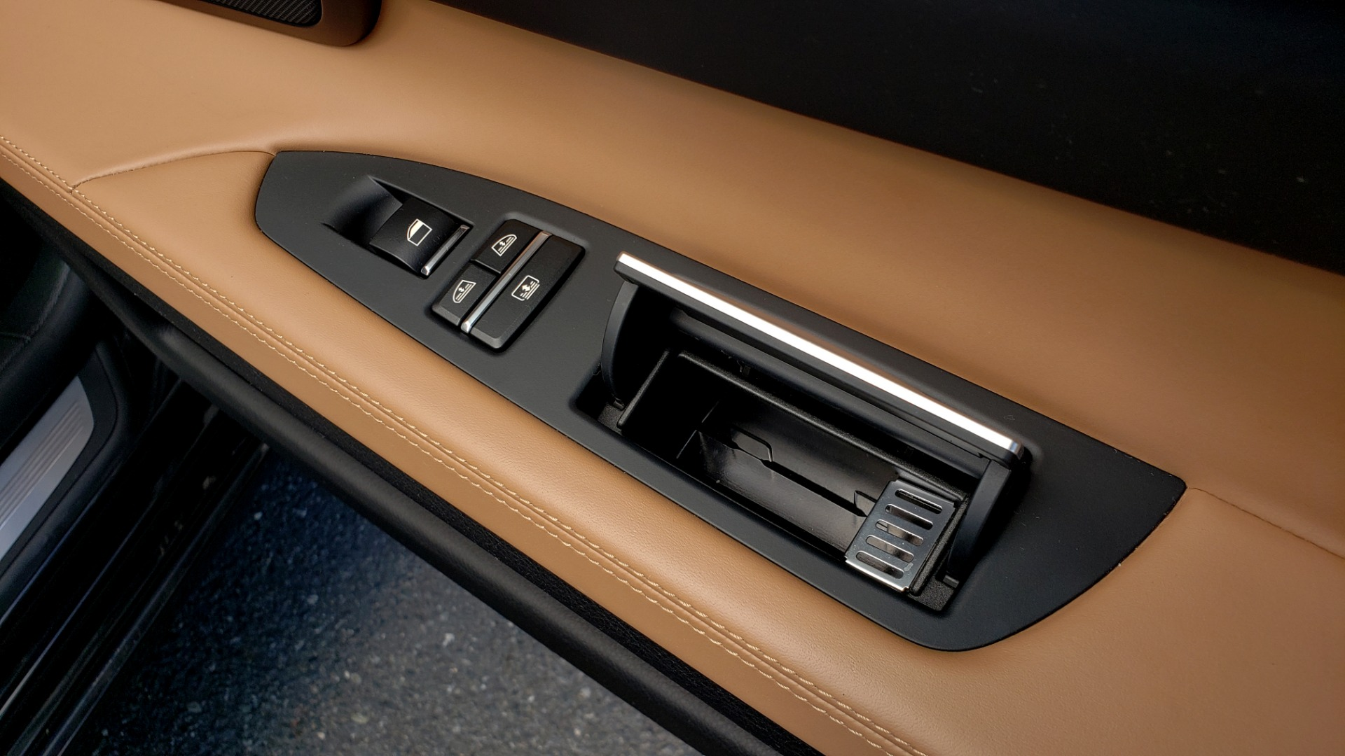 Used 2014 BMW 7 SERIES 750LI M-SPORT / EXEC PKG / DRVR ASST / LIGHTING / NAV / SUNROOF for sale Sold at Formula Imports in Charlotte NC 28227 68