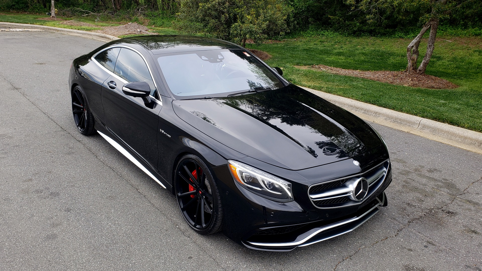 Used 2015 Mercedes-Benz S-CLASS S 63 AMG 4MATIC / DRVR ASST / NIGHT VIEW ASST PLUS / MAGIC SKY for sale Sold at Formula Imports in Charlotte NC 28227 14