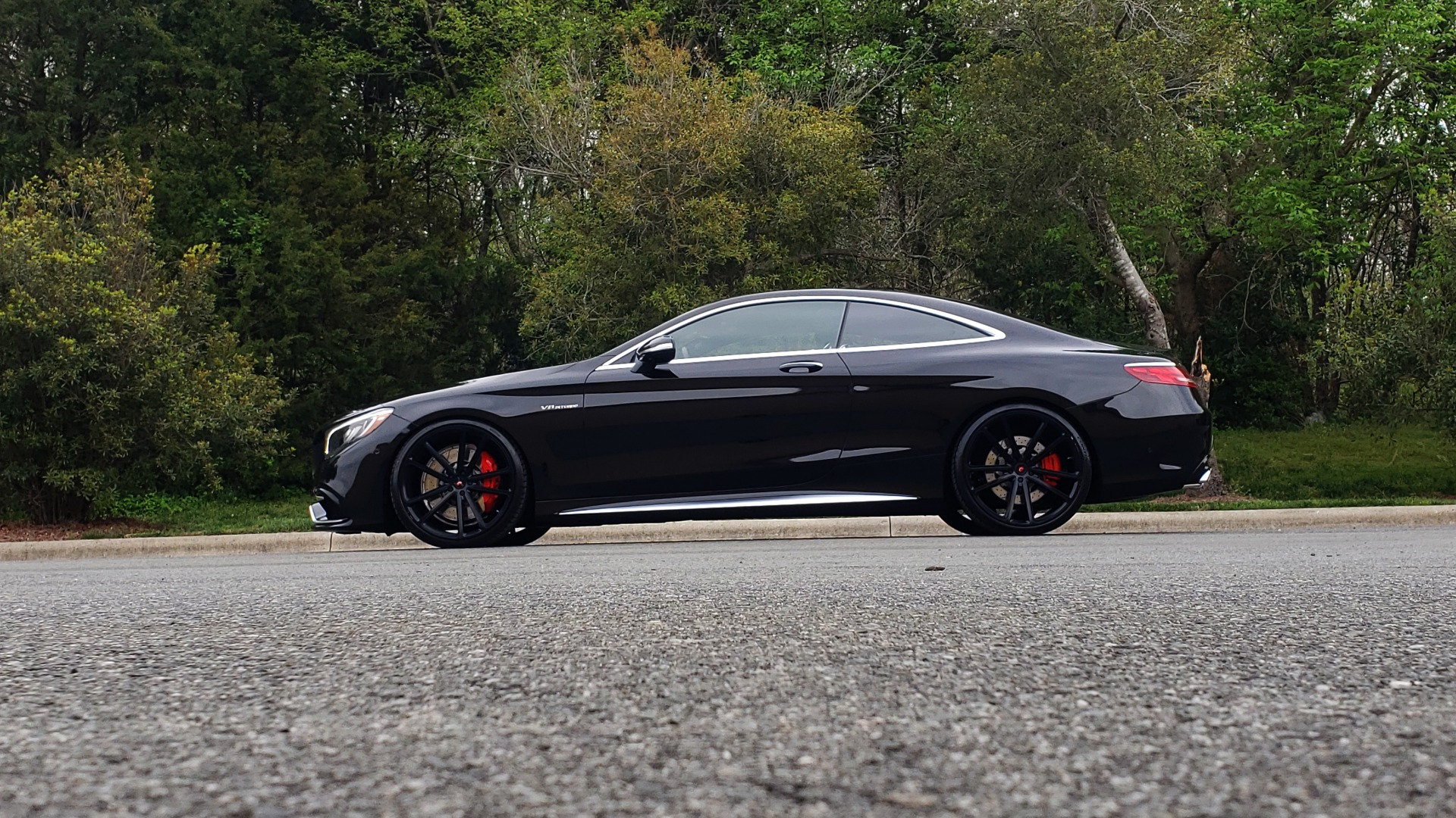 Used 2015 Mercedes-Benz S-CLASS S 63 AMG 4MATIC / DRVR ASST / NIGHT VIEW ASST PLUS / MAGIC SKY for sale Sold at Formula Imports in Charlotte NC 28227 3