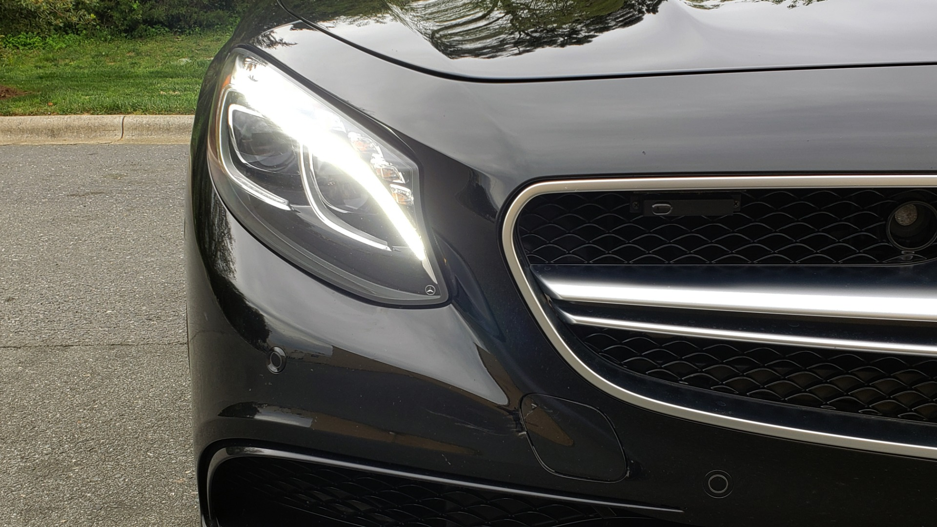 Used 2015 Mercedes-Benz S-CLASS S 63 AMG 4MATIC / DRVR ASST / NIGHT VIEW ASST PLUS / MAGIC SKY for sale Sold at Formula Imports in Charlotte NC 28227 30