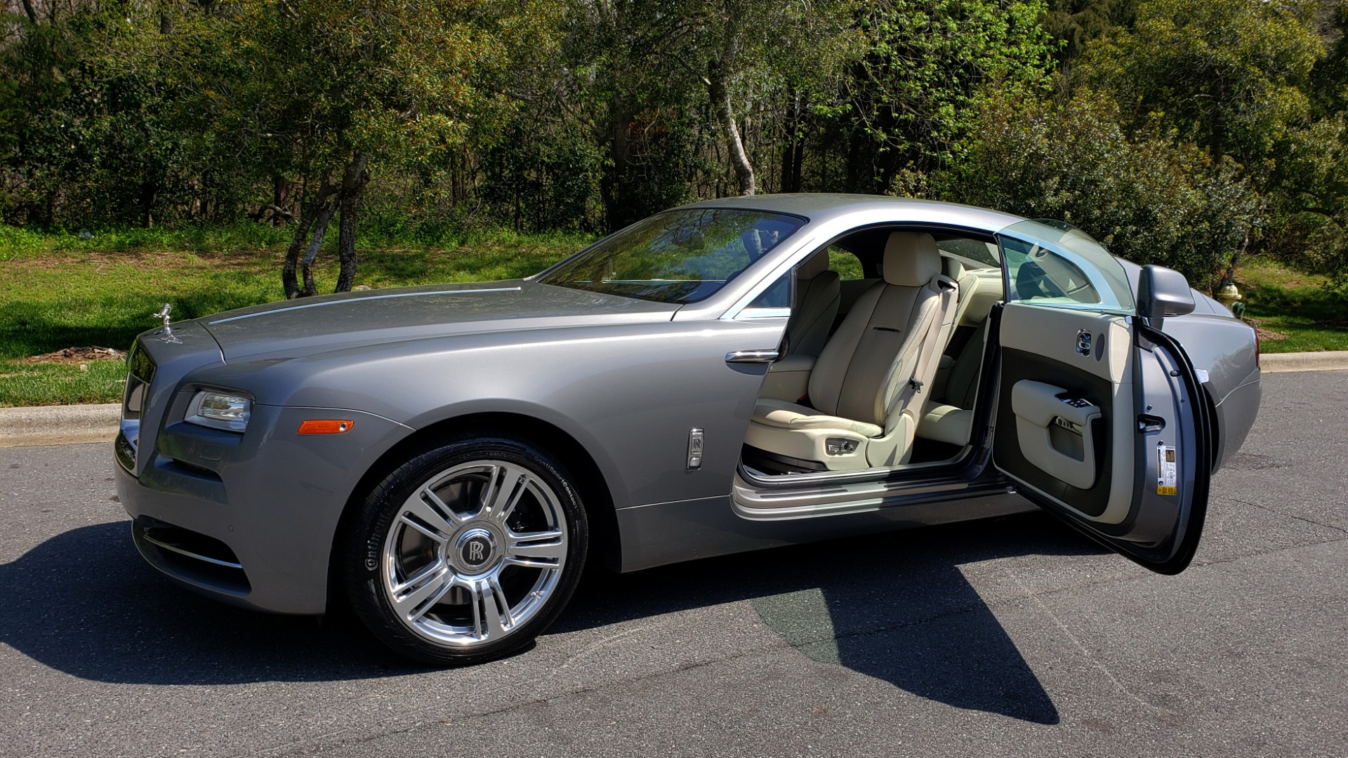 Used 2015 Rolls-Royce WRAITH 2DR COUPE / DRVR ASST / LANE DEPART / HEADS-UP / CAMERA for sale $159,995 at Formula Imports in Charlotte NC 28227 13