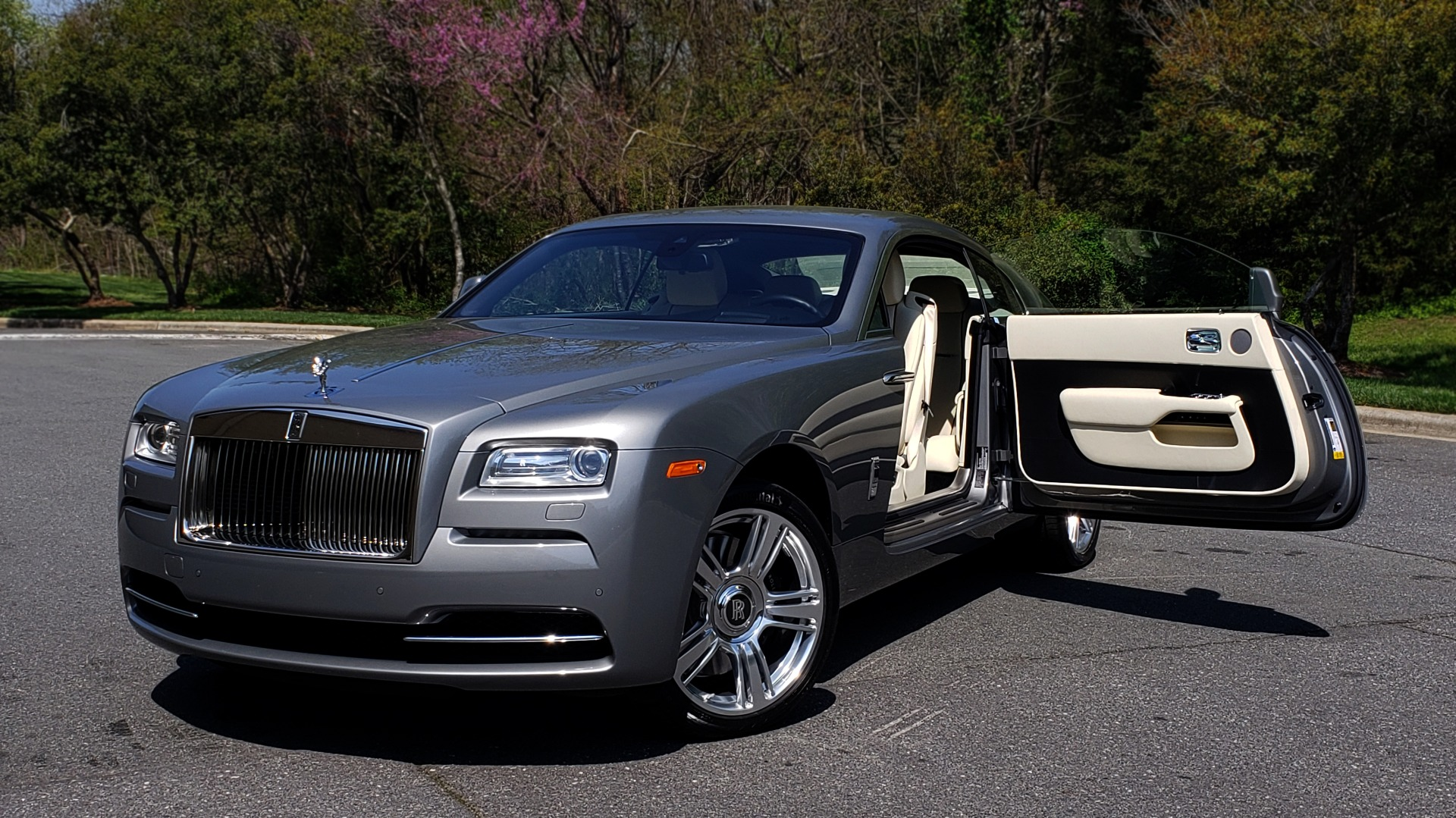 Used 2015 Rolls-Royce WRAITH 2DR COUPE / DRVR ASST / LANE DEPART / HEADS-UP / CAMERA for sale $159,995 at Formula Imports in Charlotte NC 28227 2