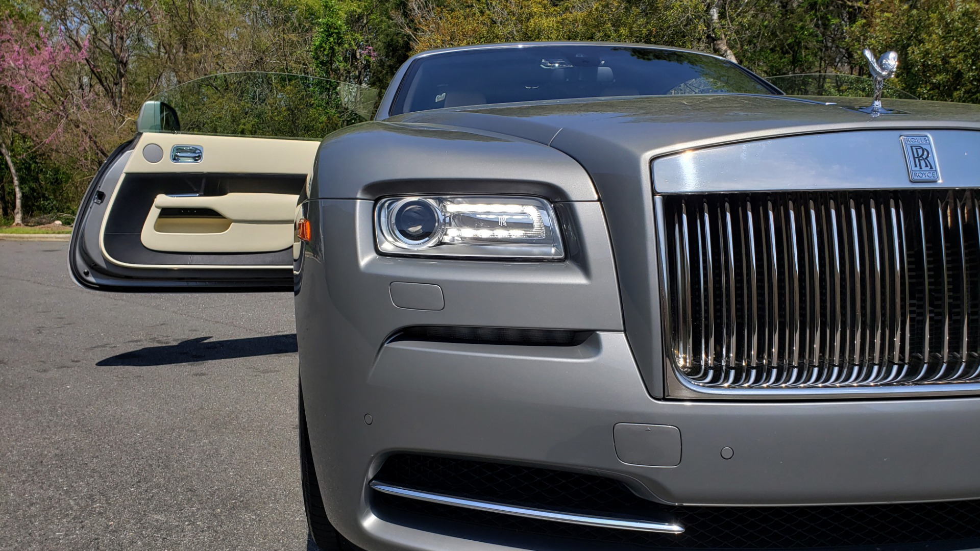 Used 2015 Rolls-Royce Wraith for sale $158,995 at Formula Imports in Charlotte NC 28227 26