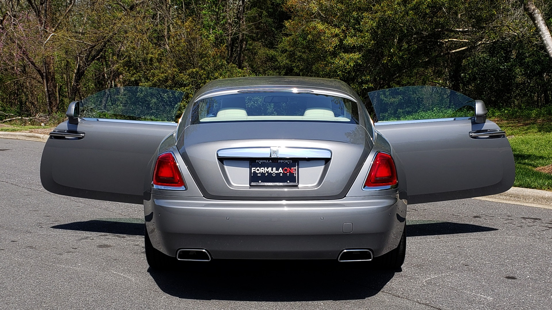 Used 2015 Rolls-Royce Wraith for sale $158,995 at Formula Imports in Charlotte NC 28227 31