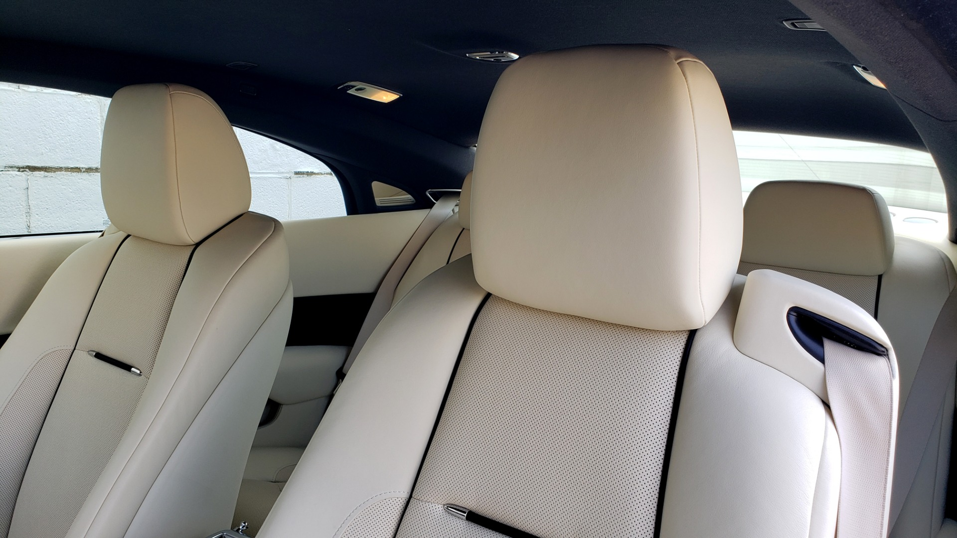 Used 2015 Rolls-Royce Wraith for sale $158,995 at Formula Imports in Charlotte NC 28227 45