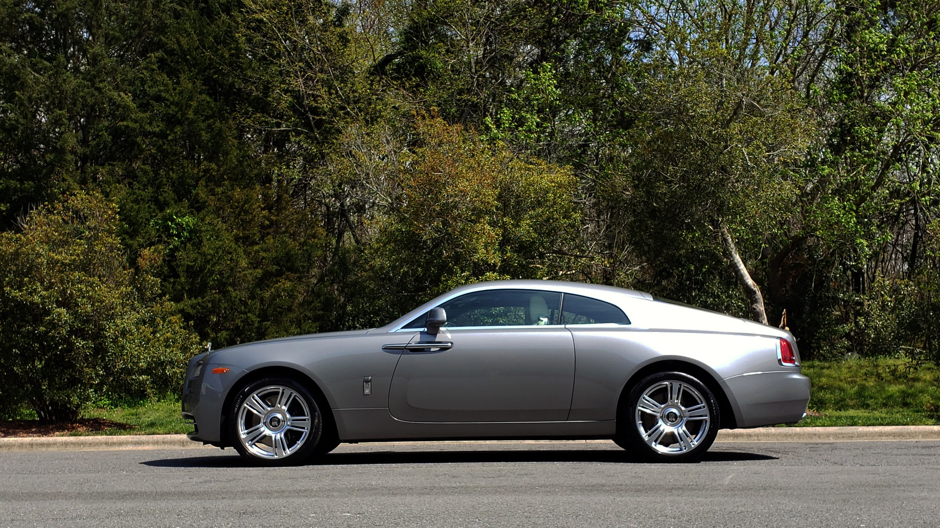 Used 2015 Rolls-Royce WRAITH 2DR COUPE / DRVR ASST / LANE DEPART / HEADS-UP / CAMERA for sale $159,995 at Formula Imports in Charlotte NC 28227 7