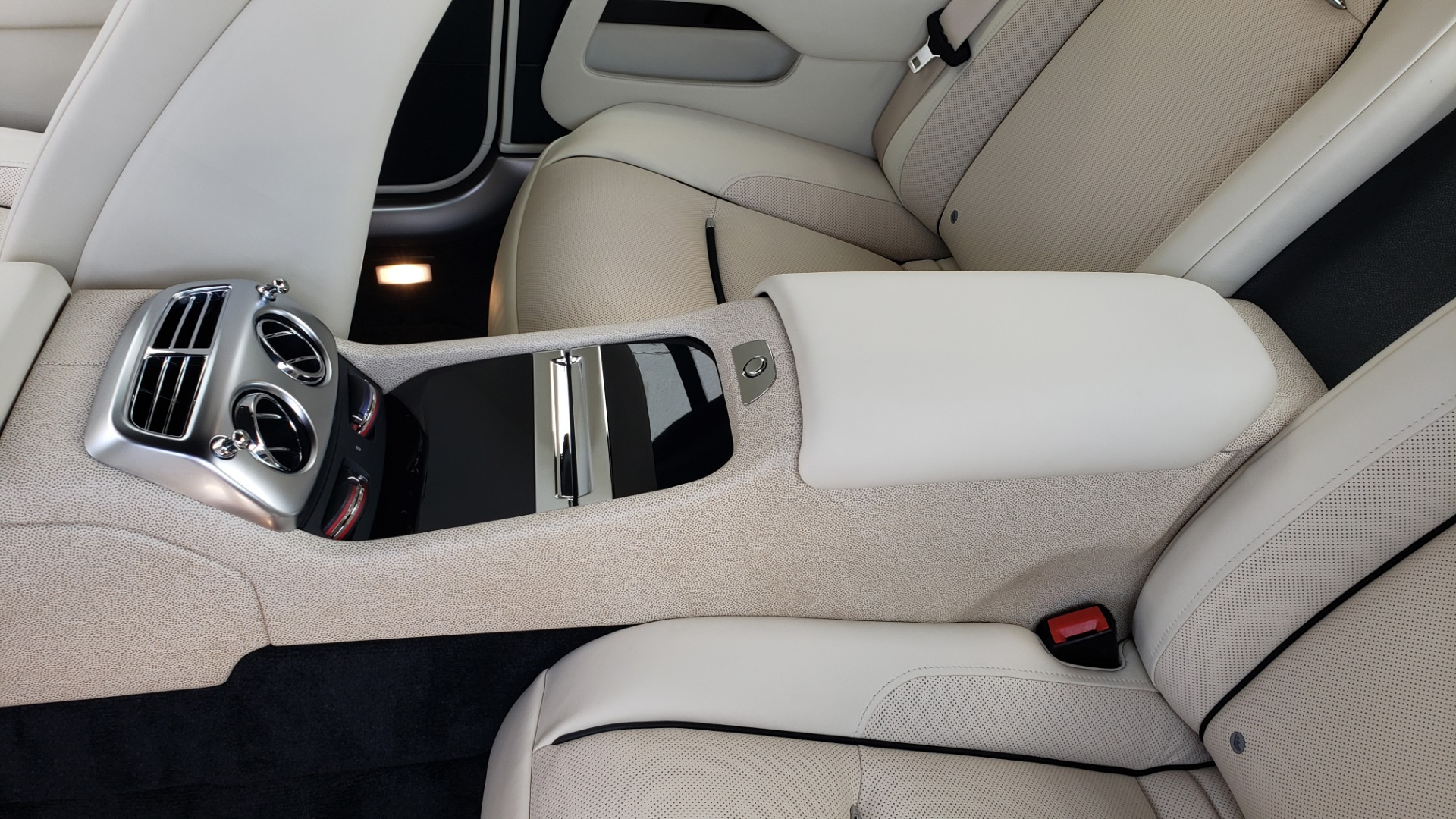 Used 2015 Rolls-Royce Wraith for sale $158,995 at Formula Imports in Charlotte NC 28227 71
