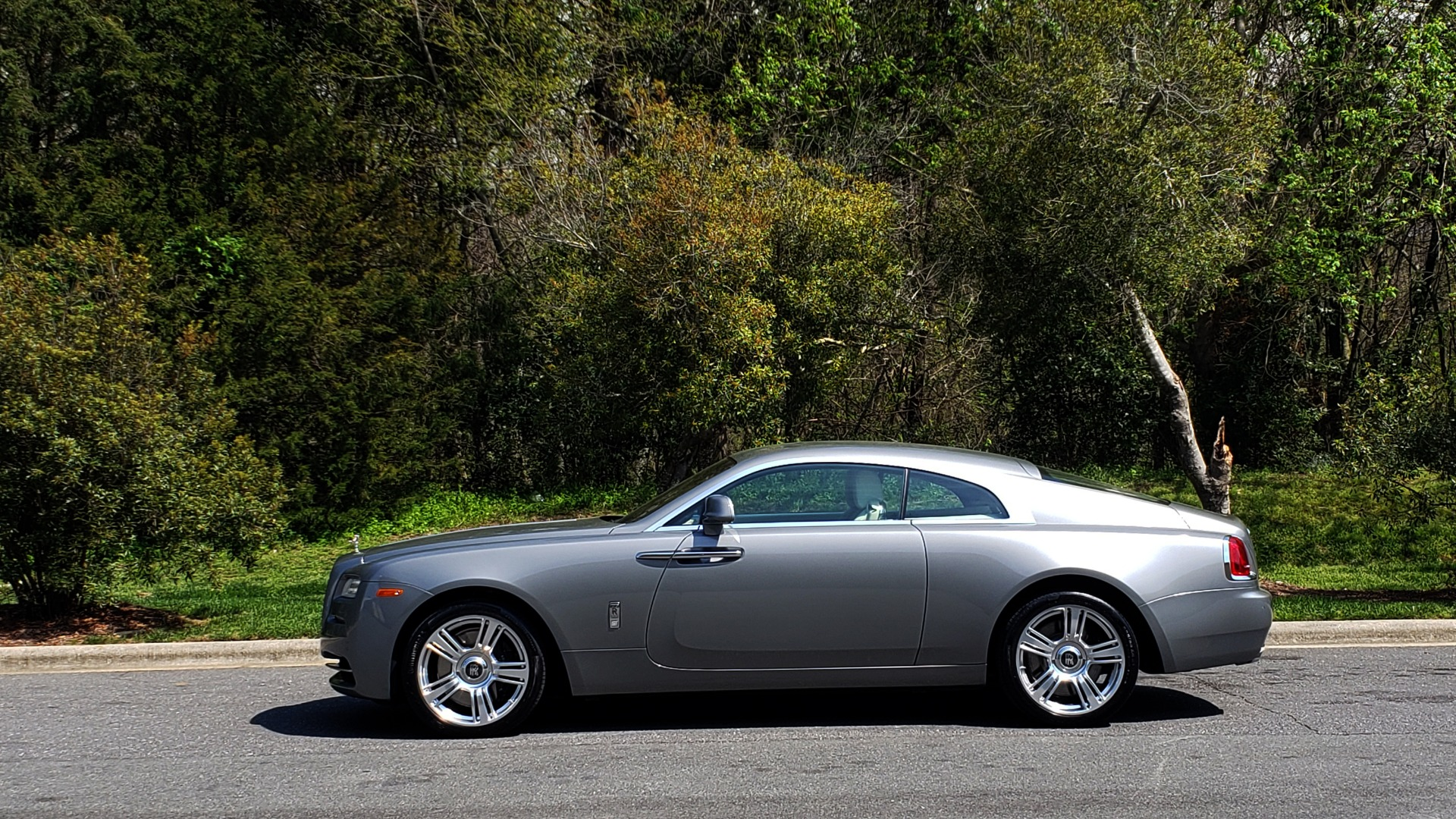 Used 2015 Rolls-Royce WRAITH 2DR COUPE / DRVR ASST / LANE DEPART / HEADS-UP / CAMERA for sale $159,995 at Formula Imports in Charlotte NC 28227 8