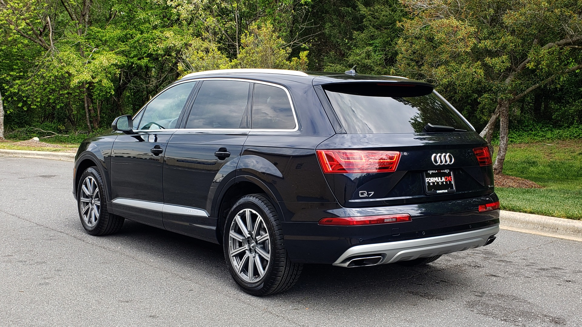 Used 2017 Audi Q7 2.0T PREMIUM TIPTRONIC / CLD WTHR / SUNROOF / REARVIEW for sale Sold at Formula Imports in Charlotte NC 28227 3