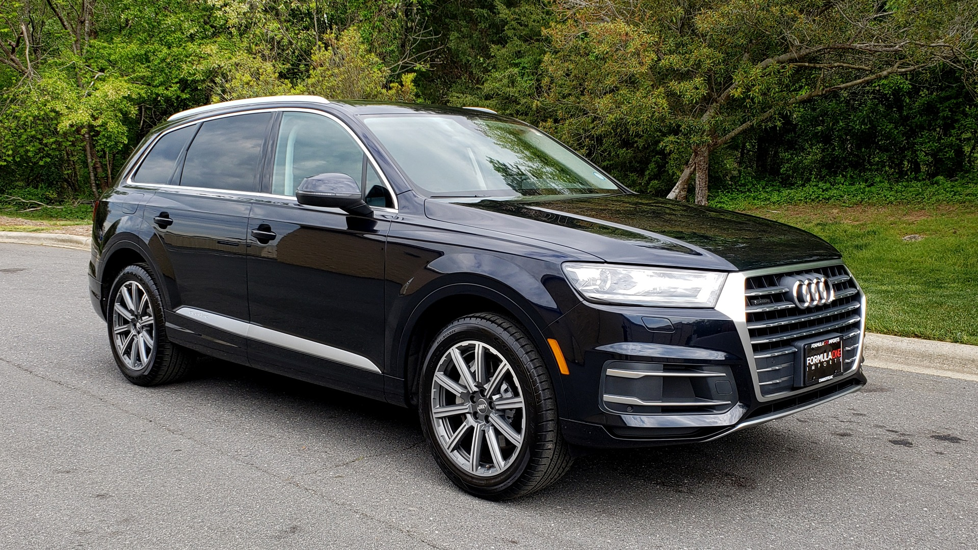 Used 2017 Audi Q7 2.0T PREMIUM TIPTRONIC / CLD WTHR / SUNROOF / REARVIEW for sale Sold at Formula Imports in Charlotte NC 28227 4