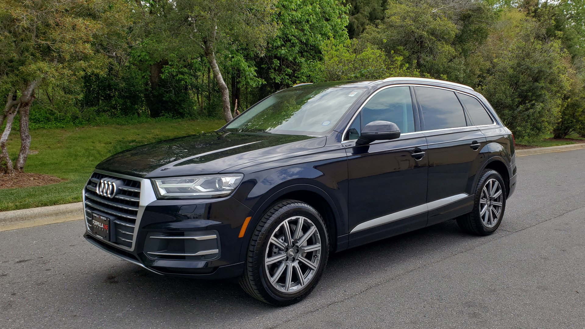 Used 2017 Audi Q7 2.0T PREMIUM TIPTRONIC / CLD WTHR / SUNROOF / REARVIEW for sale Sold at Formula Imports in Charlotte NC 28227 1