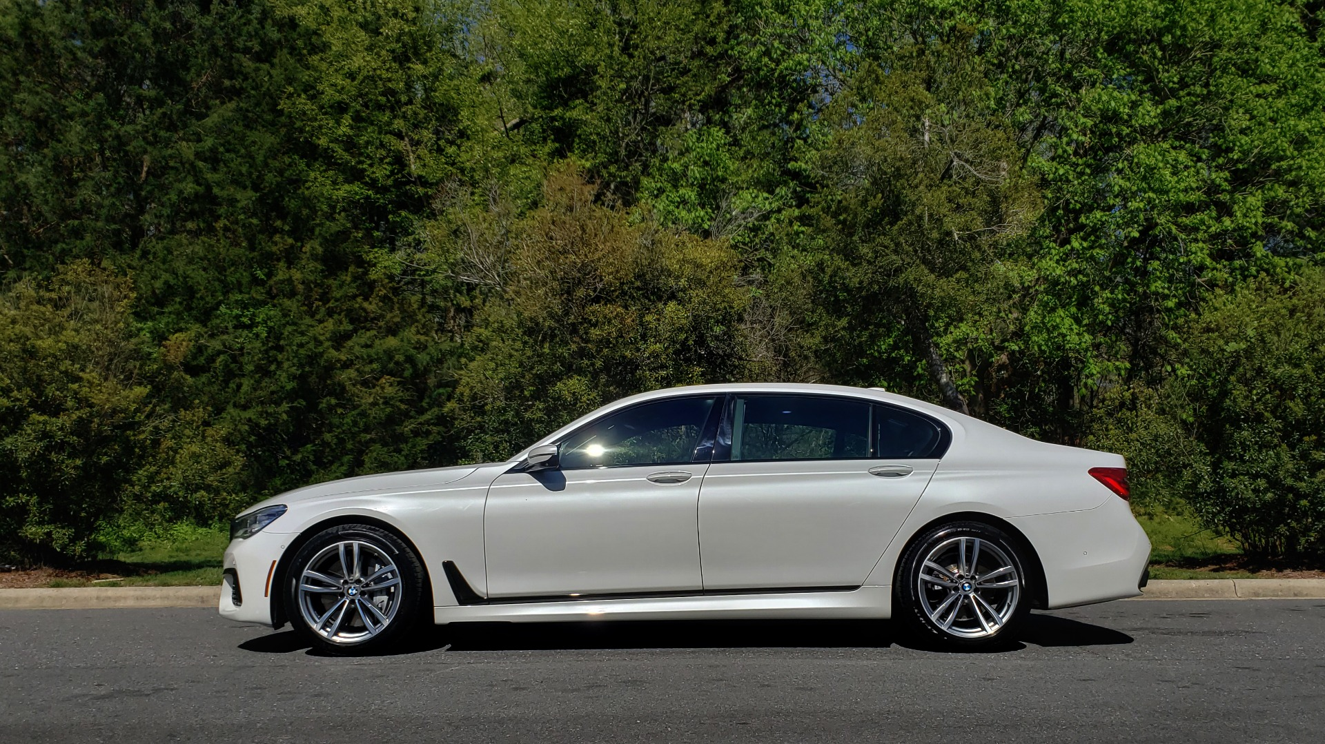 Used 2017 BMW 7 SERIES 750I XDRIVE / M-SPORT / EXEC PKG / DRVR ASST PLUS II / CLD WTHR for sale $48,495 at Formula Imports in Charlotte NC 28227 2