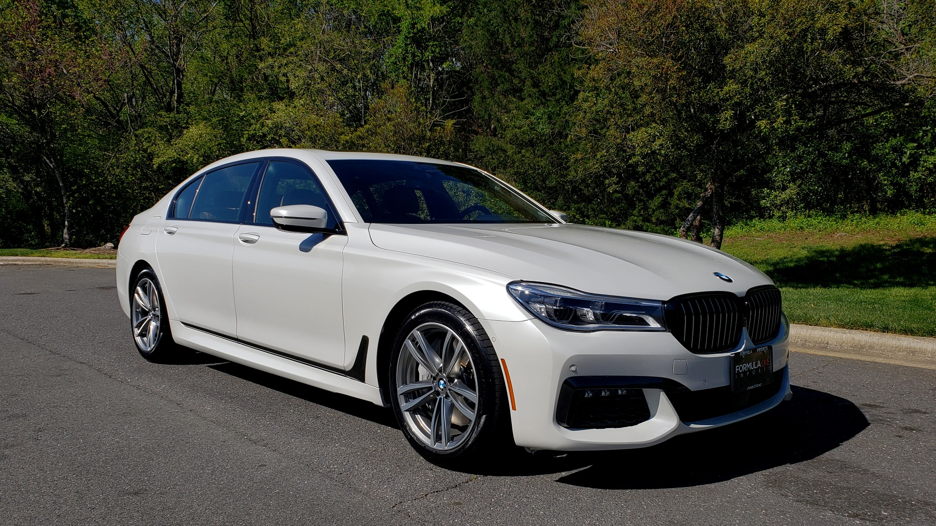 Used 2017 BMW 7 SERIES 750I XDRIVE / M-SPORT / EXEC PKG / DRVR ASST PLUS II / CLD WTHR for sale Sold at Formula Imports in Charlotte NC 28227 5