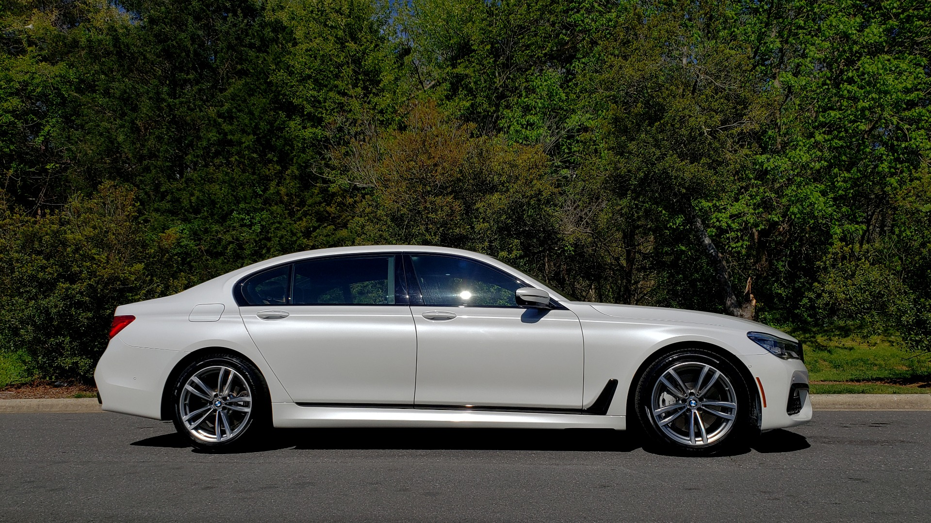 Used 2017 BMW 7 SERIES 750I XDRIVE / M-SPORT / EXEC PKG / DRVR ASST PLUS II / CLD WTHR for sale $48,495 at Formula Imports in Charlotte NC 28227 6