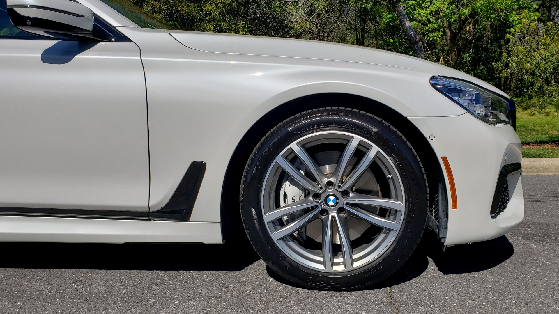 Used 2017 BMW 7 SERIES 750I XDRIVE / M-SPORT / EXEC PKG / DRVR ASST PLUS II / CLD WTHR for sale $48,495 at Formula Imports in Charlotte NC 28227 93