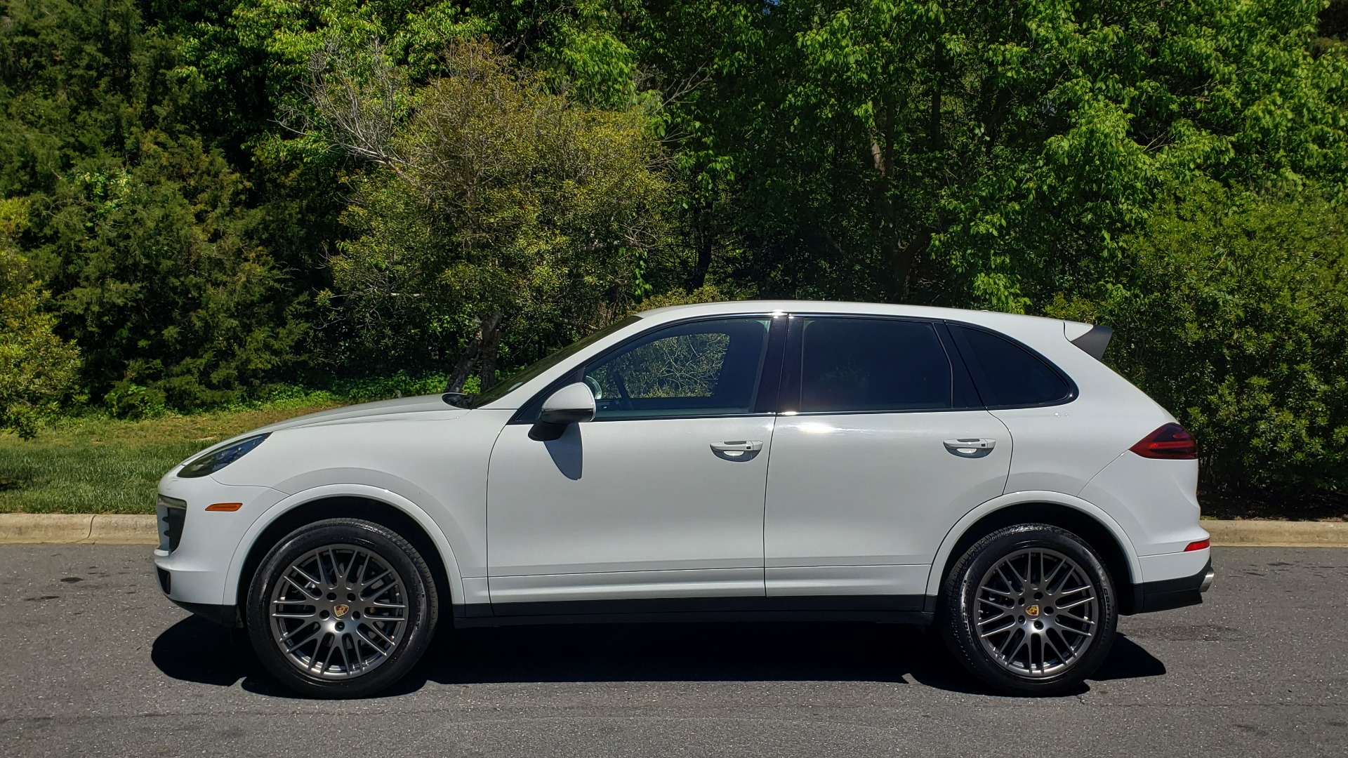 Used 2017 Porsche Cayenne Platinum Edition for sale Sold at Formula Imports in Charlotte NC 28227 2