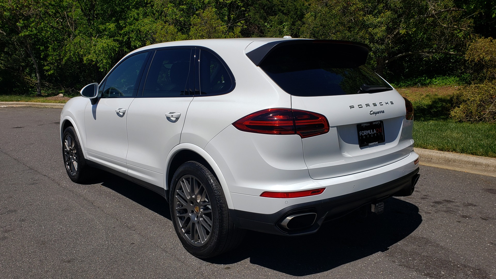 Used 2017 Porsche Cayenne Platinum Edition for sale Sold at Formula Imports in Charlotte NC 28227 3