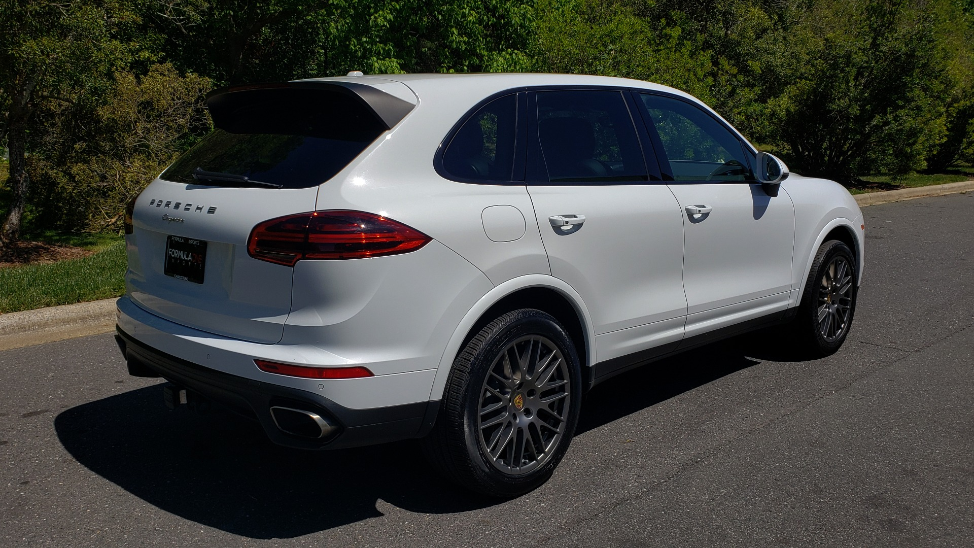 Used 2017 Porsche Cayenne Platinum Edition for sale Sold at Formula Imports in Charlotte NC 28227 8