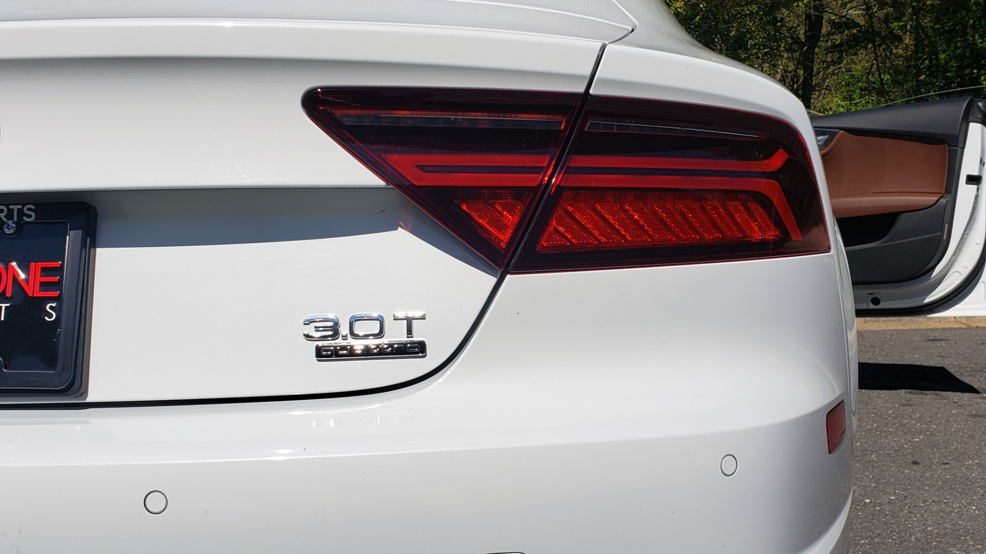 Used 2018 Audi A7 PREMIUM PLUS / DRVR ASST / COLD WTHR / HTD STS for sale Sold at Formula Imports in Charlotte NC 28227 27