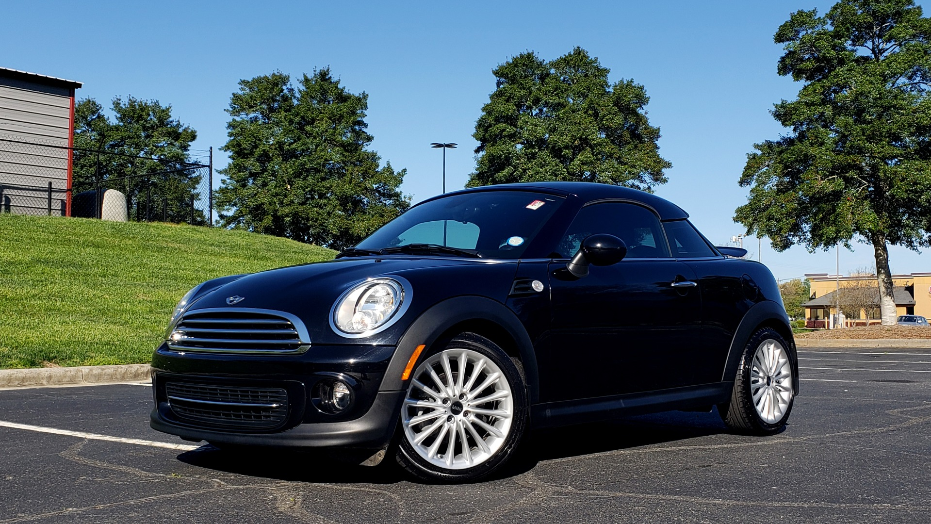 Used 2014 MINI COOPER COUPE FWD / 6-SPD MAN / 17IN WHEELS / LOW MILES for sale Sold at Formula Imports in Charlotte NC 28227 2