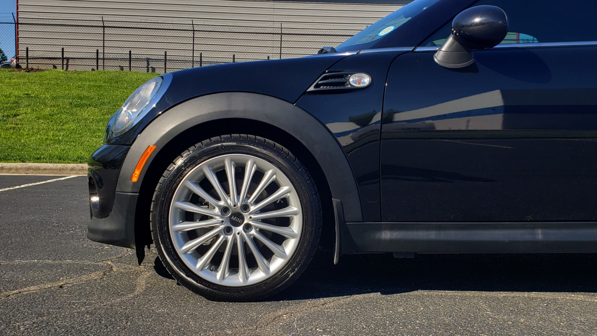 Used 2014 MINI COOPER COUPE FWD / 6-SPD MAN / 17IN WHEELS / LOW MILES for sale Sold at Formula Imports in Charlotte NC 28227 73