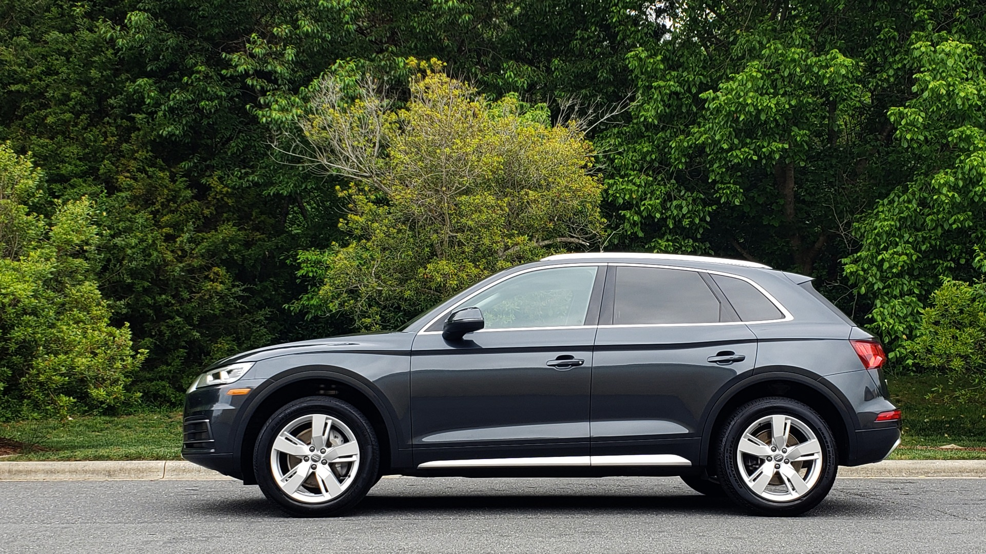 Used 2018 Audi Q5 PREMIUM PLUS / S-TRONIC / NAV / PANO-ROOF / PARK SYS PLUS for sale Sold at Formula Imports in Charlotte NC 28227 2