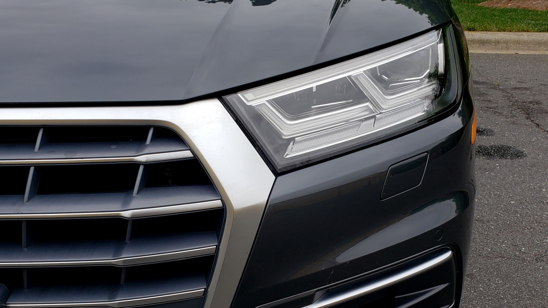 Used 2018 Audi Q5 PREMIUM PLUS / S-TRONIC / NAV / PANO-ROOF / PARK SYS PLUS for sale Sold at Formula Imports in Charlotte NC 28227 23
