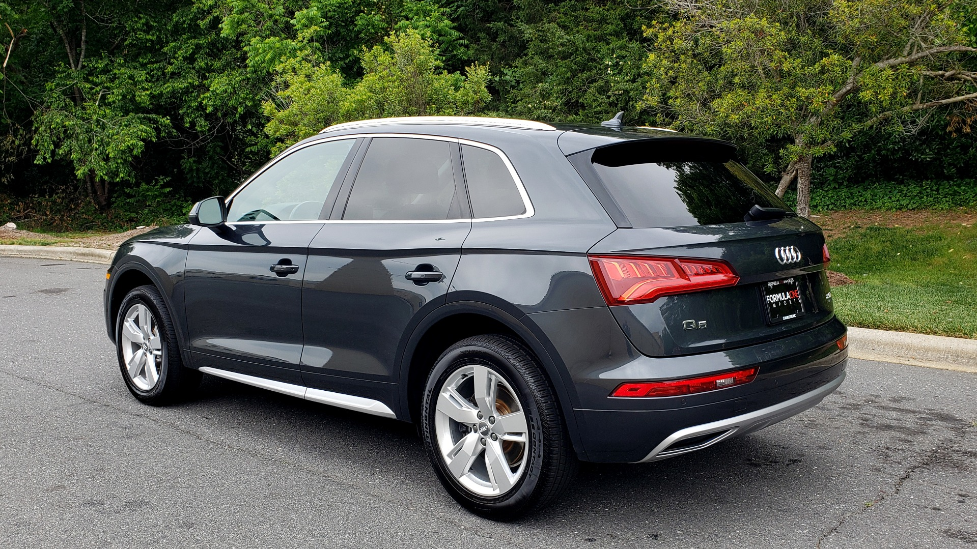 Used 2018 Audi Q5 PREMIUM PLUS / S-TRONIC / NAV / PANO-ROOF / PARK SYS PLUS for sale Sold at Formula Imports in Charlotte NC 28227 3