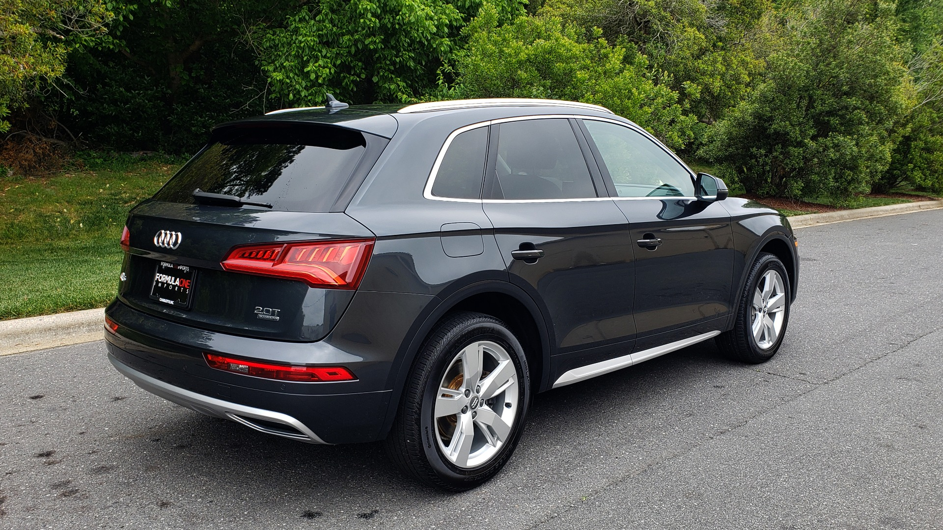 Used 2018 Audi Q5 PREMIUM PLUS / S-TRONIC / NAV / PANO-ROOF / PARK SYS PLUS for sale Sold at Formula Imports in Charlotte NC 28227 6