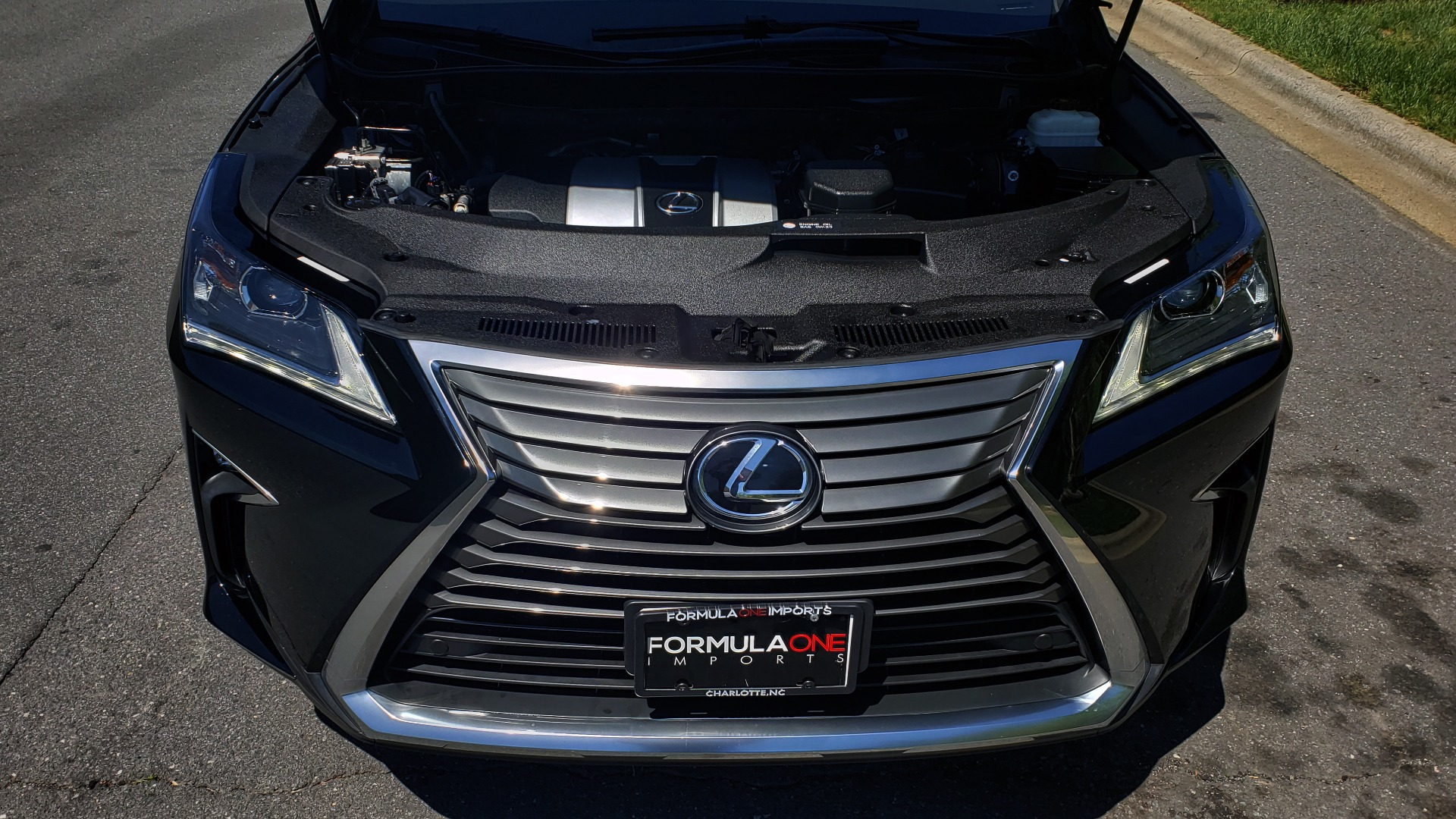 Used 2016 Lexus RX 350 PREMIUM / AWD / VENT SEATS / SUNROOF / BSM for sale Sold at Formula Imports in Charlotte NC 28227 10