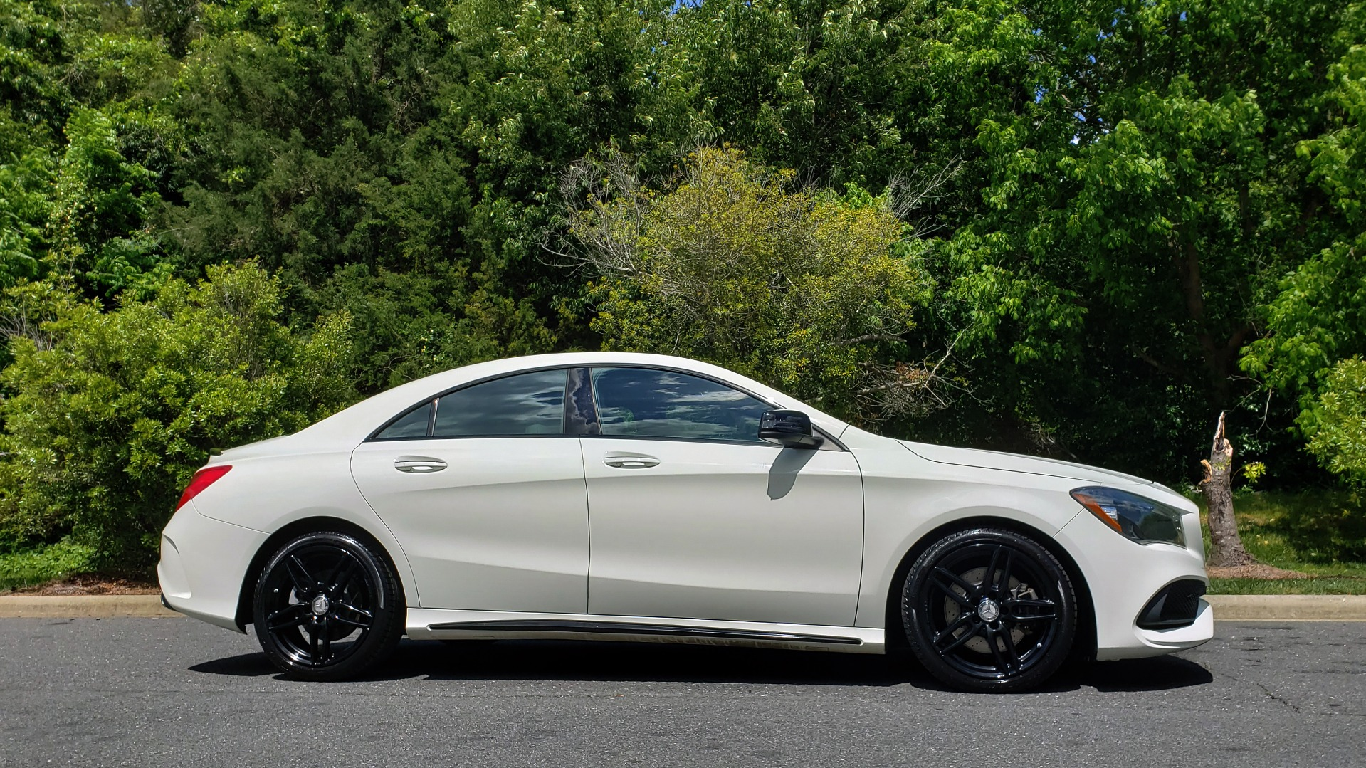 Used 2017 Mercedes-Benz CLA 250 4MATIC / SPORT / PREMIUM / MULTI MEDIA / NIGHT PKG / PANO-ROOF for sale Sold at Formula Imports in Charlotte NC 28227 6