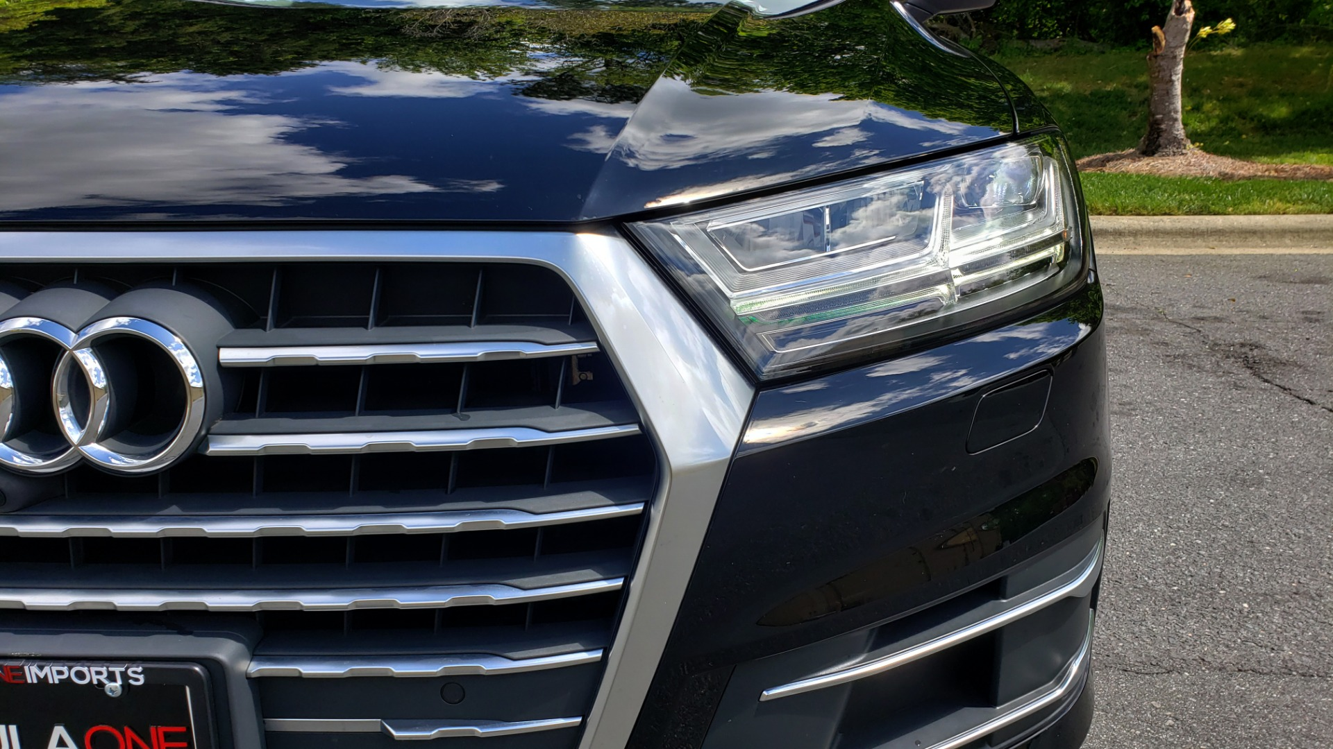 Used 2017 Audi Q7 PREMIUM PLUS / VISION PKG / NAV / PANO-ROOF / 3-ROW / REARVIEW for sale Sold at Formula Imports in Charlotte NC 28227 22
