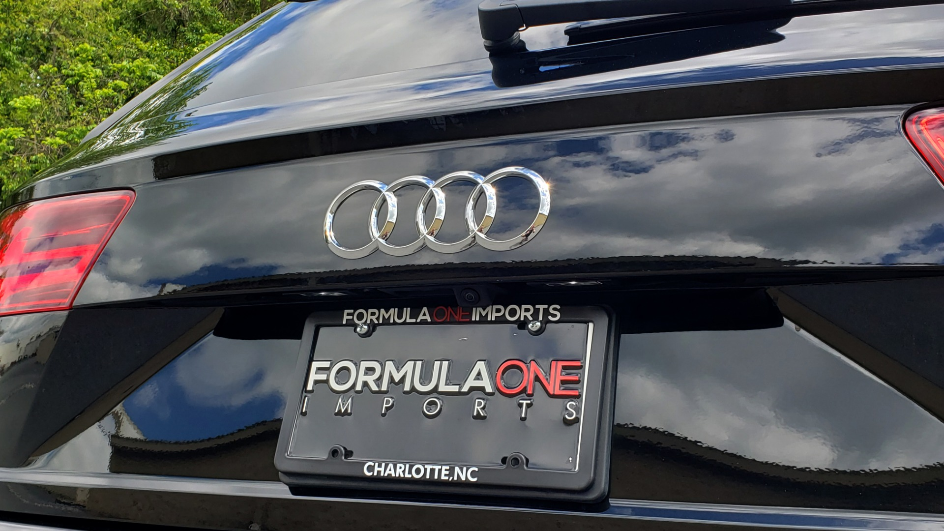 Used 2017 Audi Q7 PREMIUM PLUS / VISION PKG / NAV / PANO-ROOF / 3-ROW / REARVIEW for sale Sold at Formula Imports in Charlotte NC 28227 30