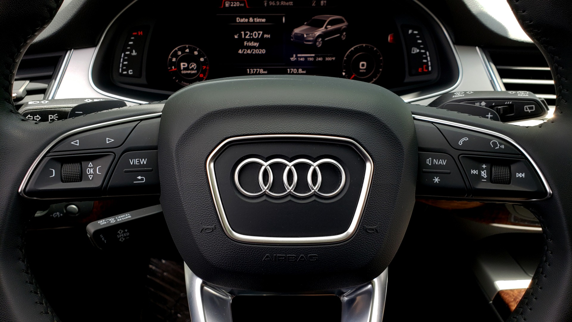 Used 2017 Audi Q7 PREMIUM PLUS / VISION PKG / NAV / PANO-ROOF / 3-ROW / REARVIEW for sale Sold at Formula Imports in Charlotte NC 28227 39