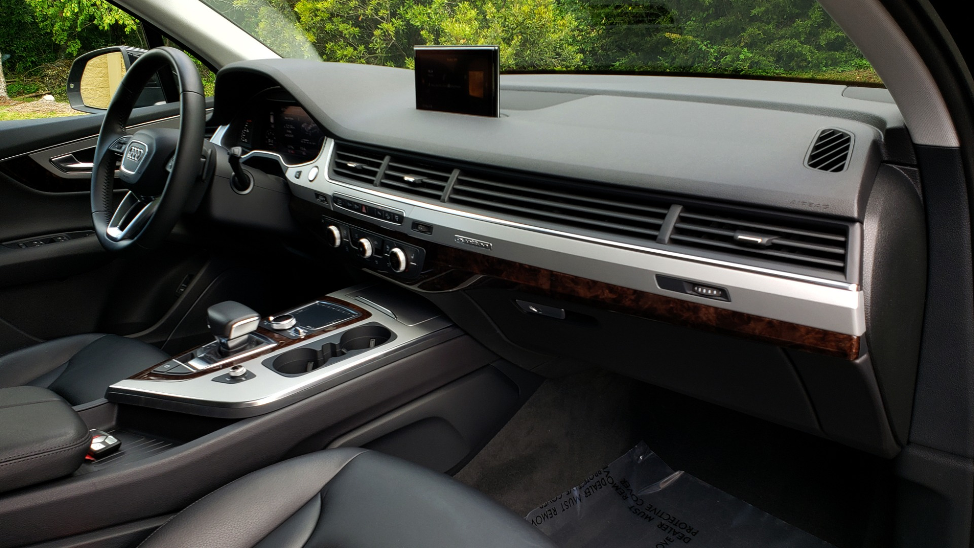 Used 2017 Audi Q7 PREMIUM PLUS / VISION PKG / NAV / PANO-ROOF / 3-ROW / REARVIEW for sale Sold at Formula Imports in Charlotte NC 28227 72