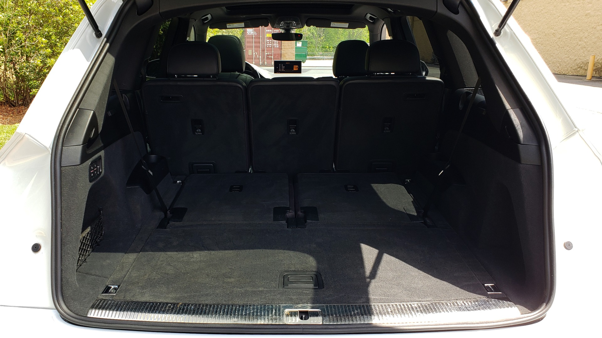 Used 2017 Audi Q7 PREMIUM PLUS / VISION PKG / NAV / PANO-ROOF / 3-ROW / REARVIEW for sale Sold at Formula Imports in Charlotte NC 28227 21