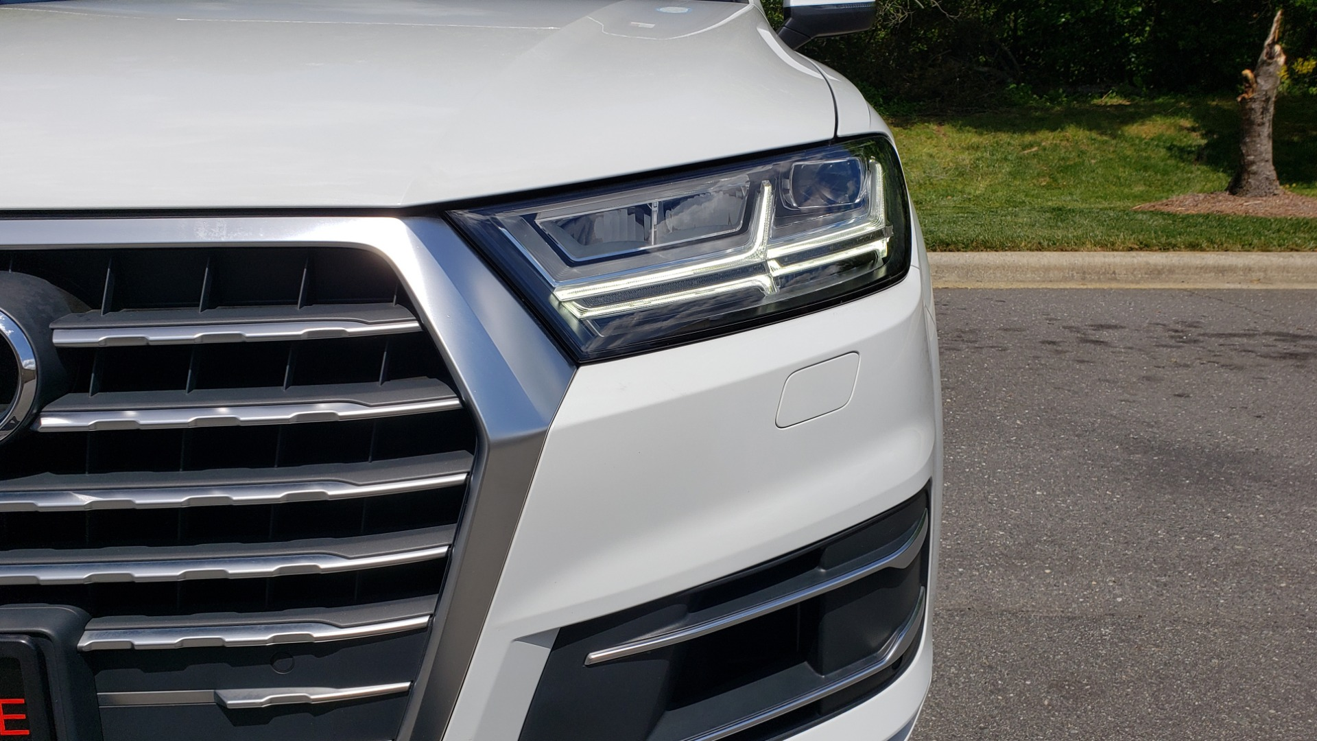 Used 2017 Audi Q7 PREMIUM PLUS / VISION PKG / NAV / PANO-ROOF / 3-ROW / REARVIEW for sale Sold at Formula Imports in Charlotte NC 28227 25