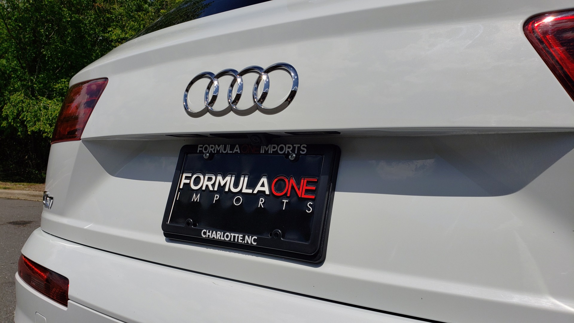 Used 2017 Audi Q7 PREMIUM PLUS / VISION PKG / NAV / PANO-ROOF / 3-ROW / REARVIEW for sale Sold at Formula Imports in Charlotte NC 28227 33