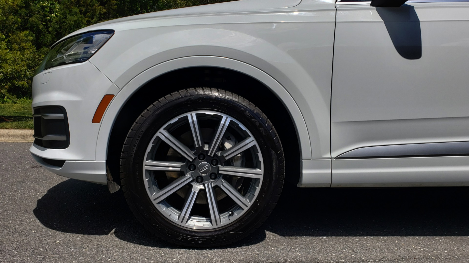 Used 2017 Audi Q7 PREMIUM PLUS / VISION PKG / NAV / PANO-ROOF / 3-ROW / REARVIEW for sale Sold at Formula Imports in Charlotte NC 28227 85