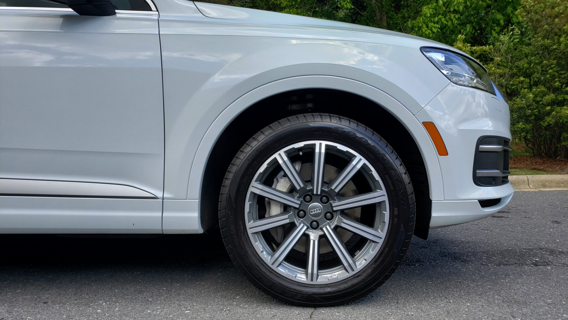 Used 2017 Audi Q7 PREMIUM PLUS / VISION PKG / NAV / PANO-ROOF / 3-ROW / REARVIEW for sale Sold at Formula Imports in Charlotte NC 28227 88