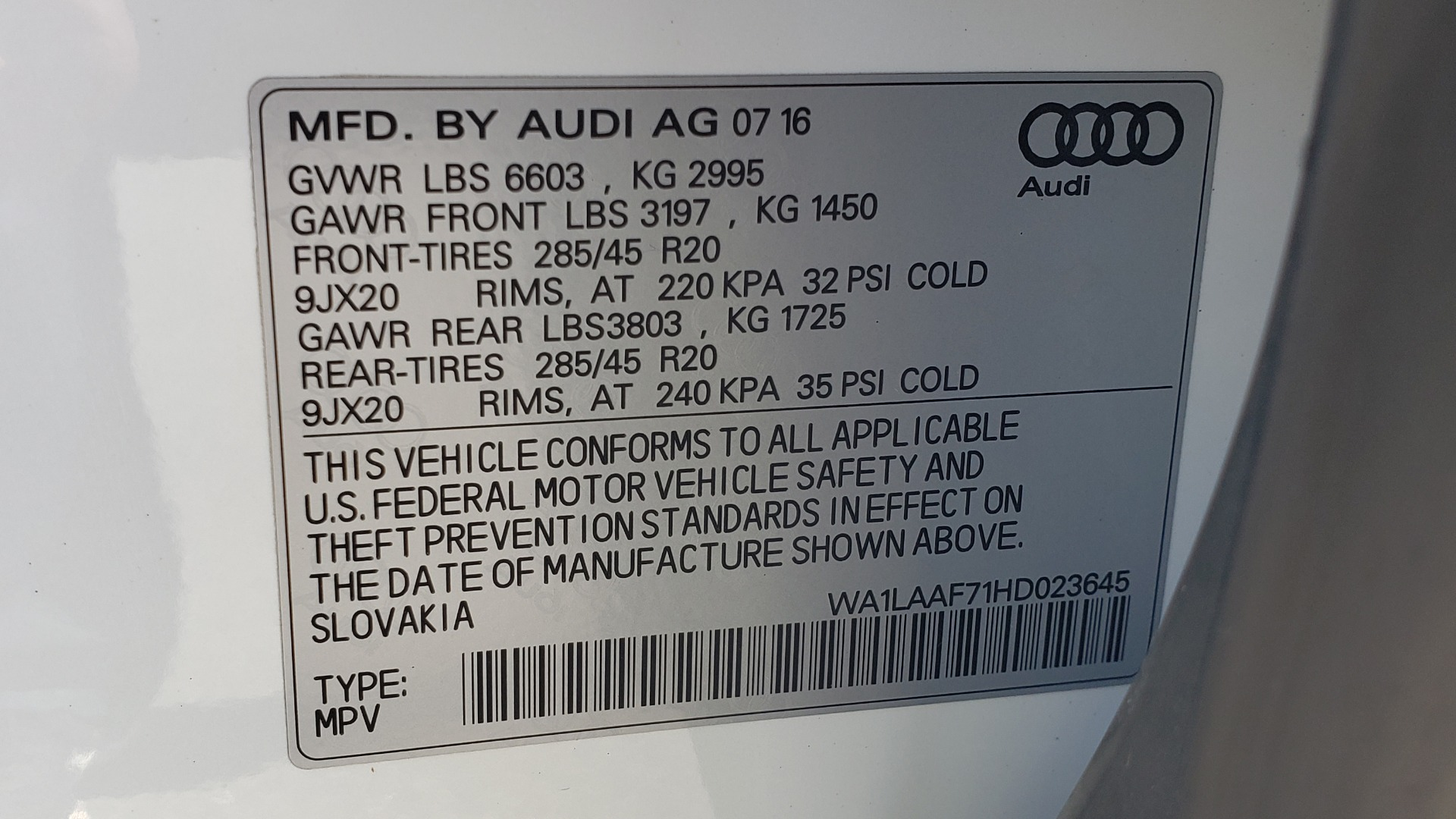 Used 2017 Audi Q7 PREMIUM PLUS / VISION PKG / NAV / PANO-ROOF / 3-ROW / REARVIEW for sale Sold at Formula Imports in Charlotte NC 28227 93