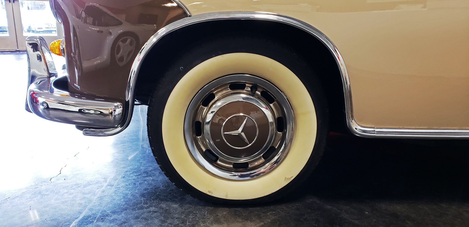 Used 1957 Mercedes-Benz 220 S Cabriolet - Full Restoration for sale Sold at Formula Imports in Charlotte NC 28227 10