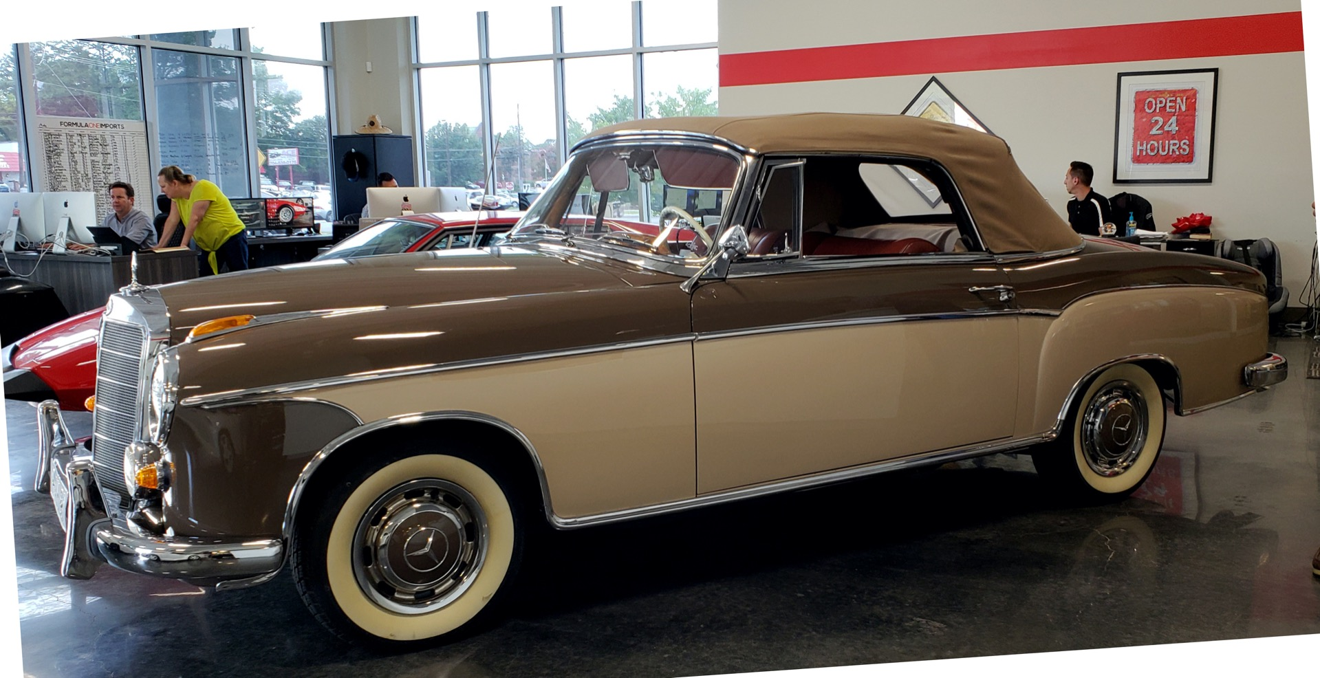 Used 1957 Mercedes-Benz 220 S Cabriolet - Full Restoration for sale Sold at Formula Imports in Charlotte NC 28227 2
