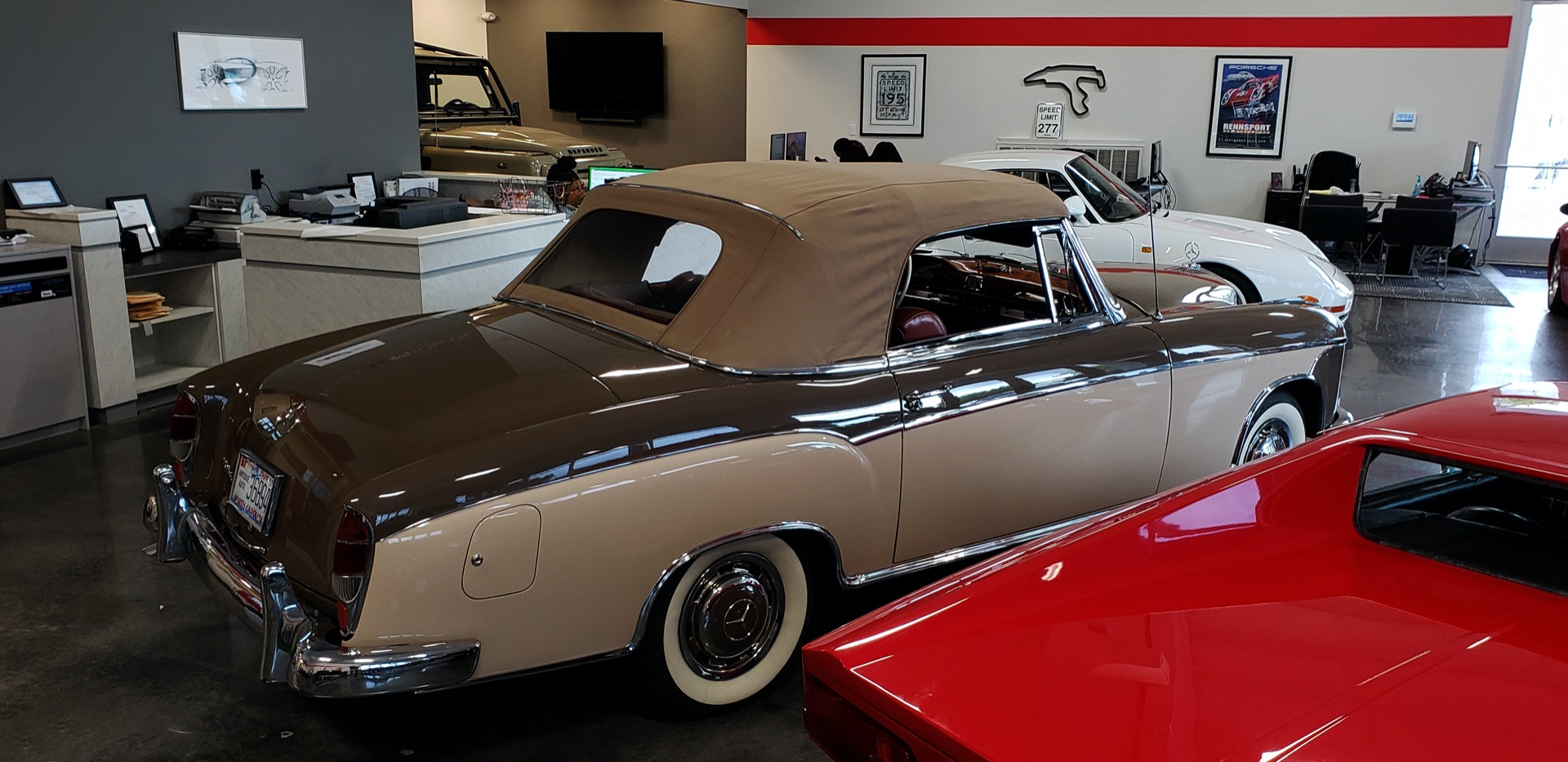 Used 1957 Mercedes-Benz 220 S Cabriolet - Full Restoration for sale Sold at Formula Imports in Charlotte NC 28227 3
