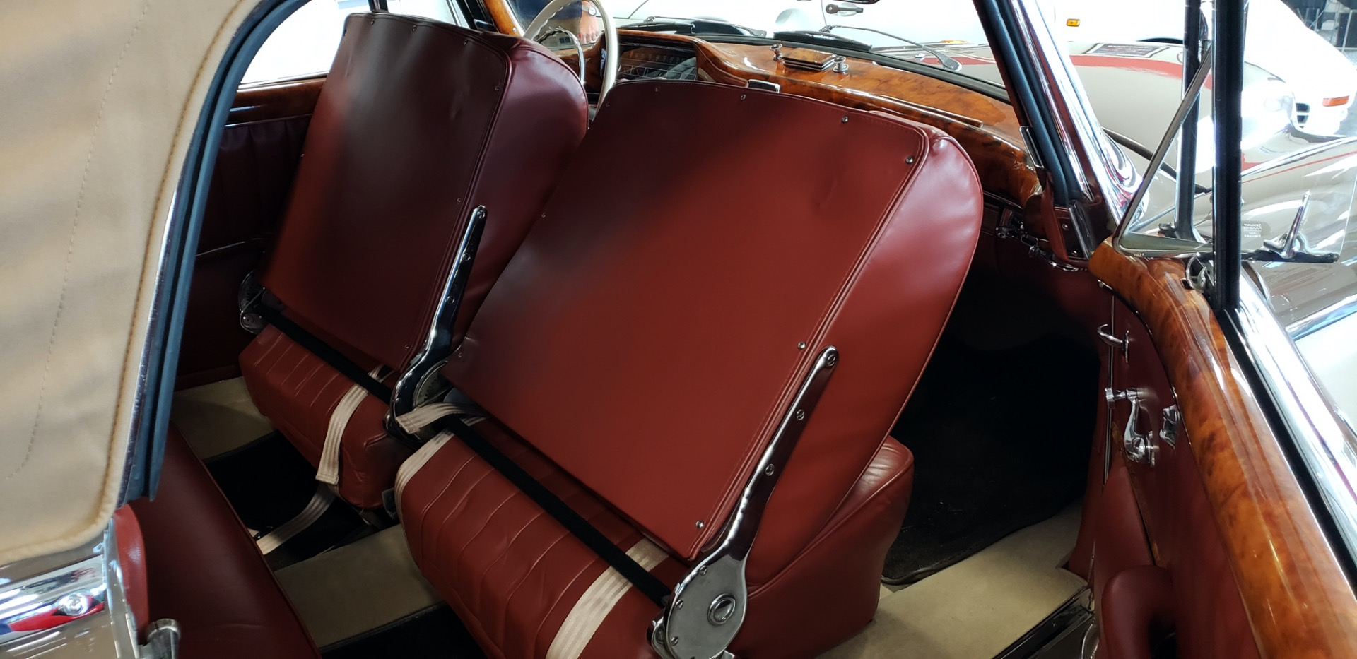 Used 1957 Mercedes-Benz 220 S Cabriolet - Full Restoration for sale Sold at Formula Imports in Charlotte NC 28227 32