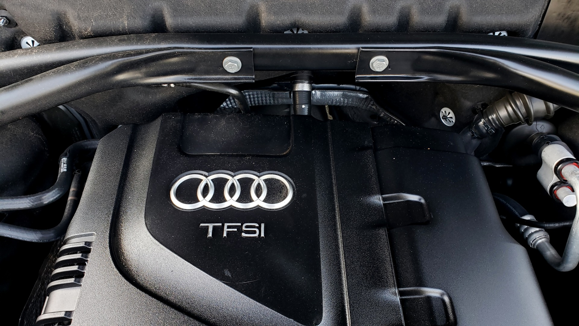 Used 2015 Audi Q5 PREMIUM PLUS / TECH PKG / NAV / PANO-ROOF / REARVIEW for sale Sold at Formula Imports in Charlotte NC 28227 11