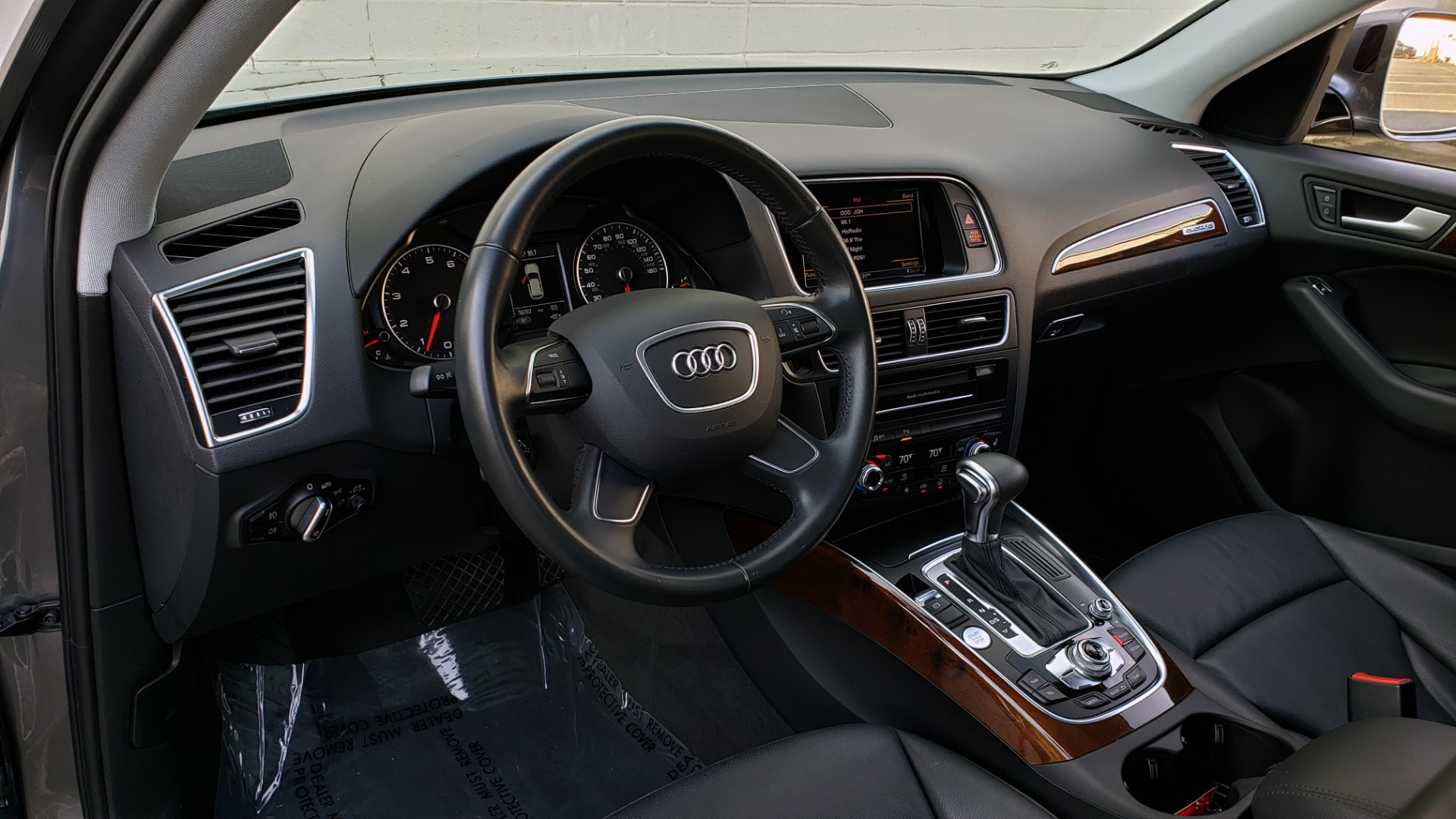 Used 2015 Audi Q5 PREMIUM PLUS / TECH PKG / NAV / PANO-ROOF / REARVIEW for sale Sold at Formula Imports in Charlotte NC 28227 36