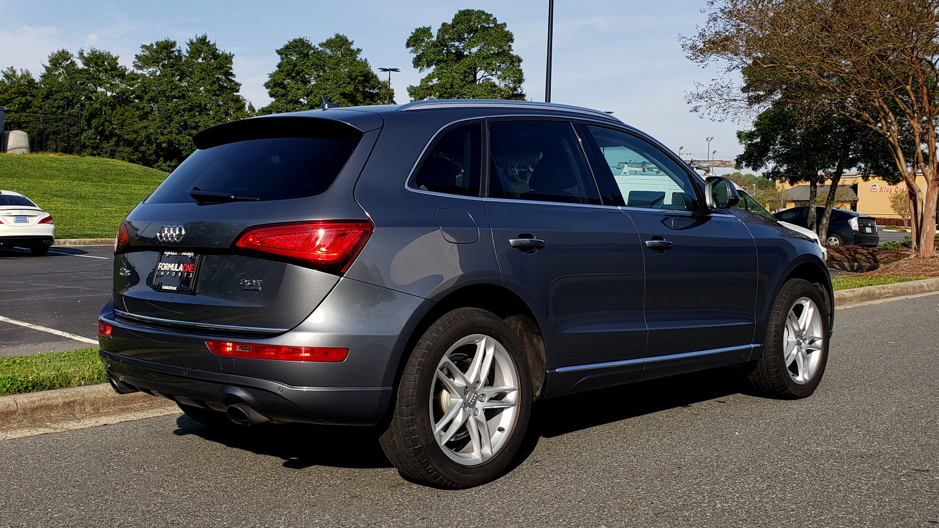 Used 2015 Audi Q5 PREMIUM PLUS / TECH PKG / NAV / PANO-ROOF / REARVIEW for sale Sold at Formula Imports in Charlotte NC 28227 6